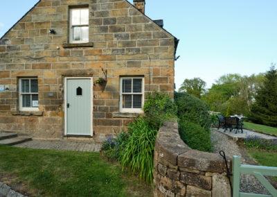 Broom House Egton Bridge - Cottage